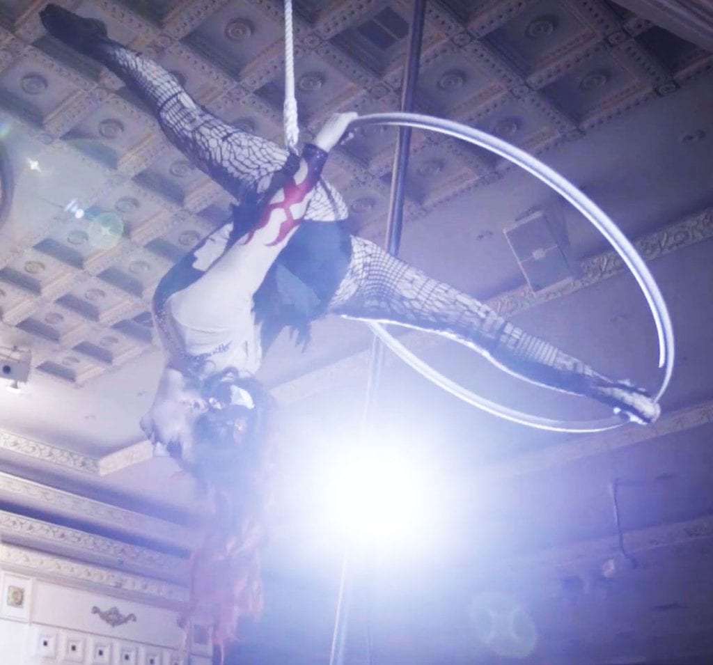 Aerialists for Events in Toronto & All Ontario